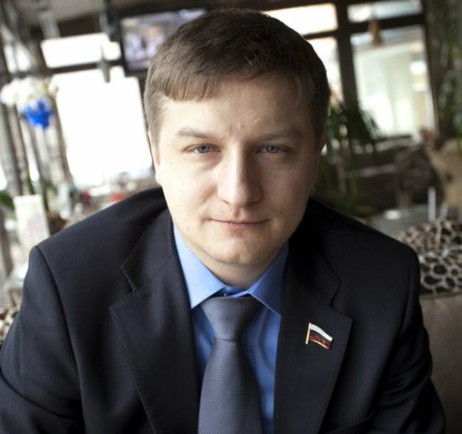 Илья Костунов обвинил Навального в том, что тот плохо борется с коррупцией