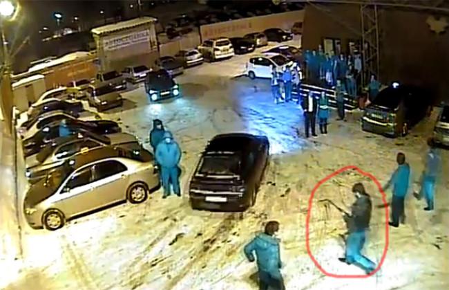 Цыгане расстреляли в Омске русских парней