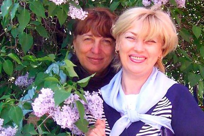 Двух русских учительниц уволили за то, что они пытались убедить чурок подчиняться российским законам