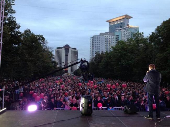 Навального везут в ОВД Сокольники