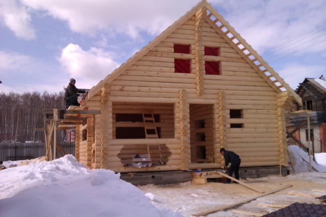 Загородные дому лучше строить зимой