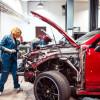 Страховщики хотят ремонтировать автомобили старым запчастями