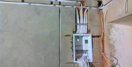 Электромонтажные работы в квартире и частном доме