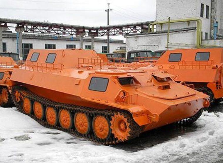 Гусеничный транспортер-тягач МТЛБ